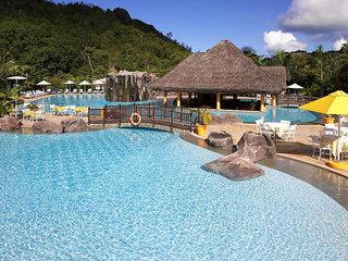 Hotel Le Domaine de la Reserve Pool