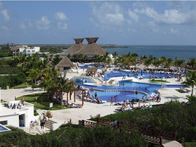 Mexiko Yucatan Hotel Bluebay Grand Esmeralda