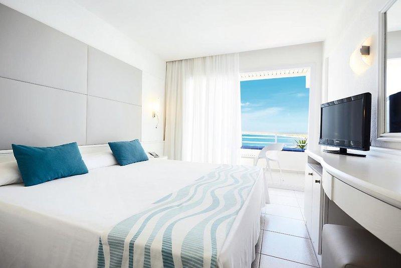 Playa de Migjorn (Els Arenal) ab 500 € 1