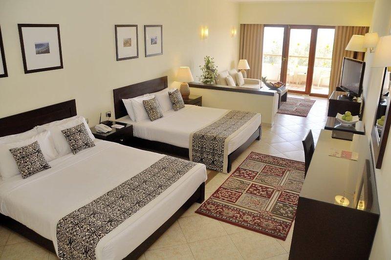 Fort Arabesque Resort & Spa, Villas & The West Bay 7