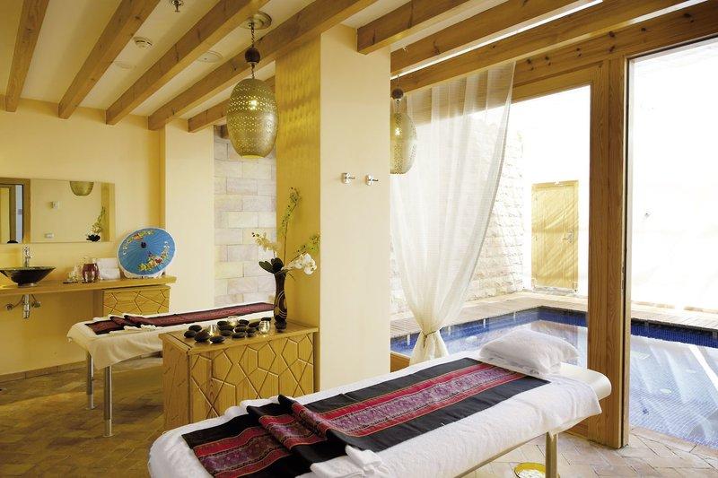 Fort Arabesque Resort & Spa, Villas & The West Bay 10