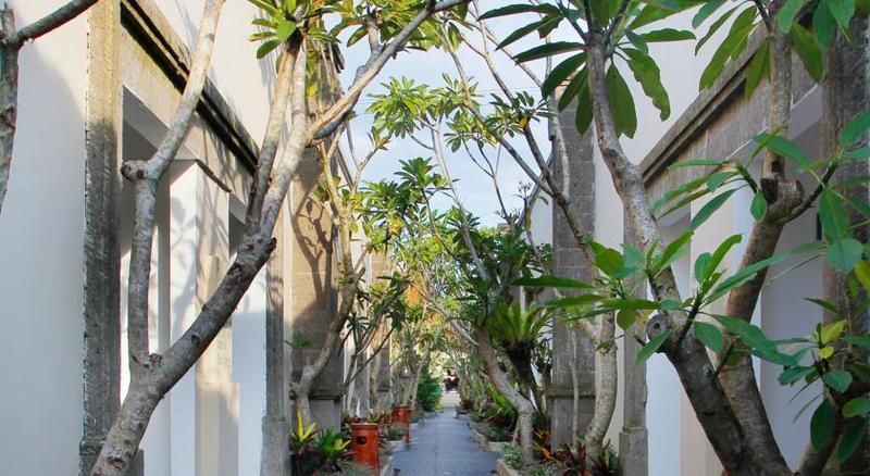 Alam Puisi Villa Garten