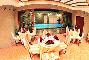 Al Liwan Suites Restaurant