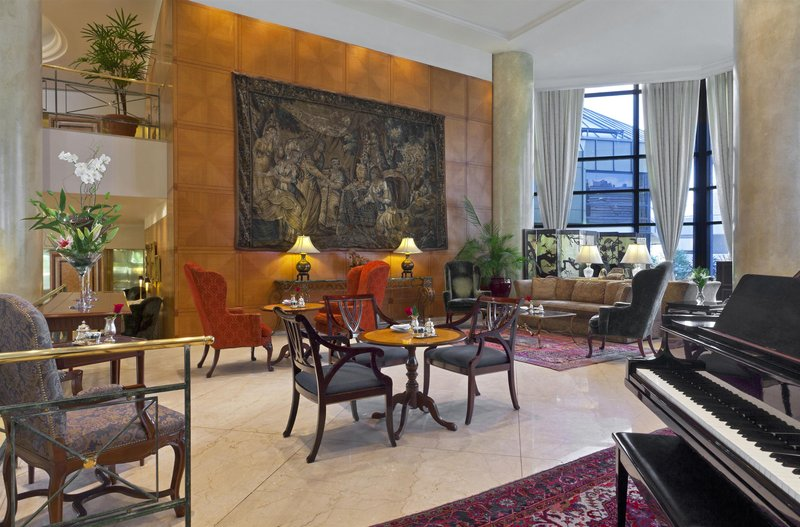 Park Tower a Luxury Collection Lounge/Empfang