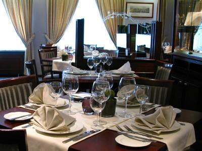 Bedford Restaurant