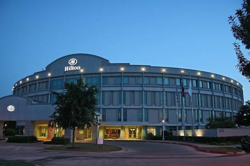 Hilton Austin Airport Außenaufnahme