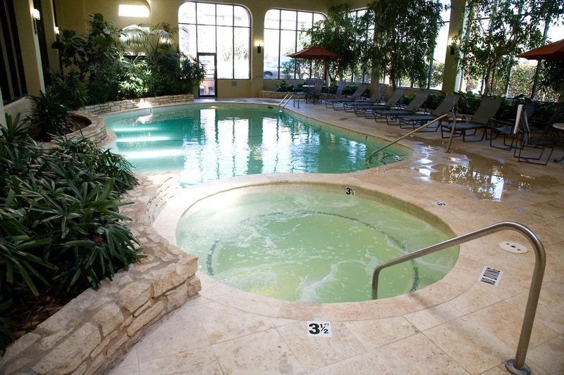 Embassy Suites Austin Central Pool