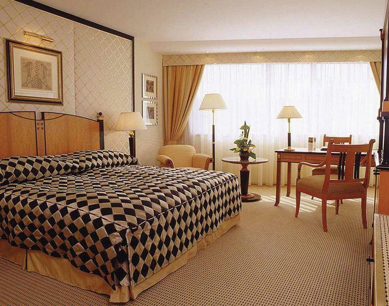 Kempinski Hotel Corvinus Wohnbeispiel