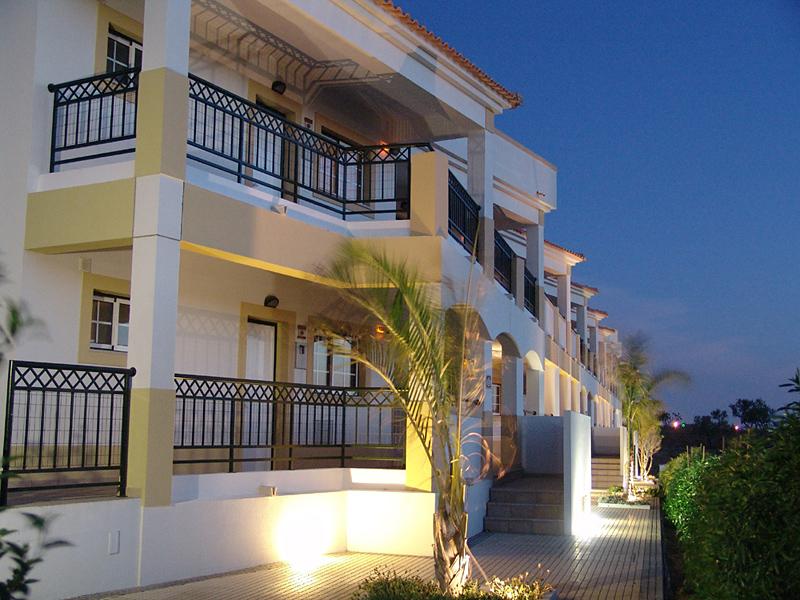 Novochoro Appartements & Villas Außenaufnahme
