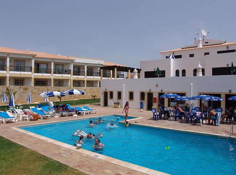 Novochoro Appartements & Villas Pool