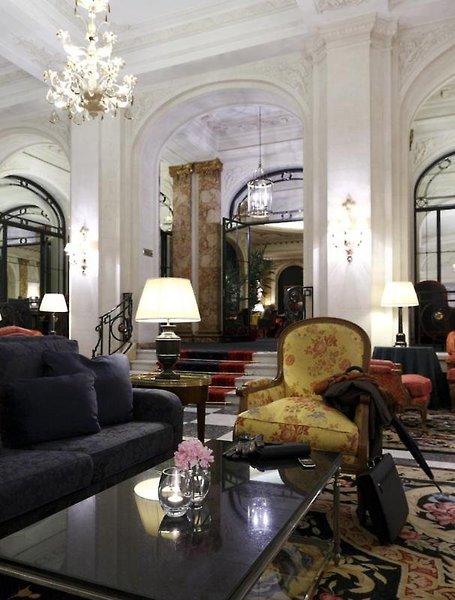Le Plaza Lounge/Empfang