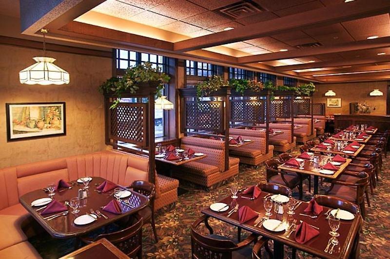 Elk & Avenue Hotel Restaurant
