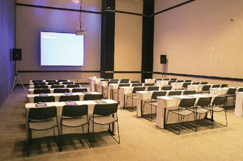 Radisson Hotel Curitiba Konferenzraum