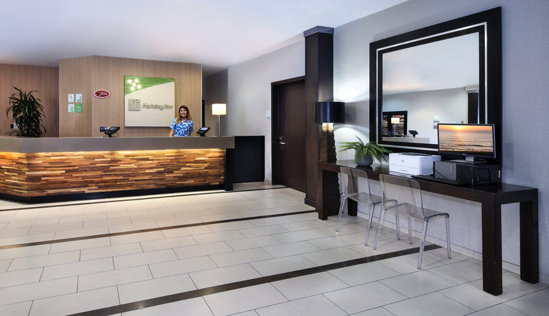 Holiday Inn & Suites Anaheim Lounge/Empfang