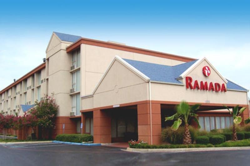 Ramada Dallas Love Field Airport Außenaufnahme