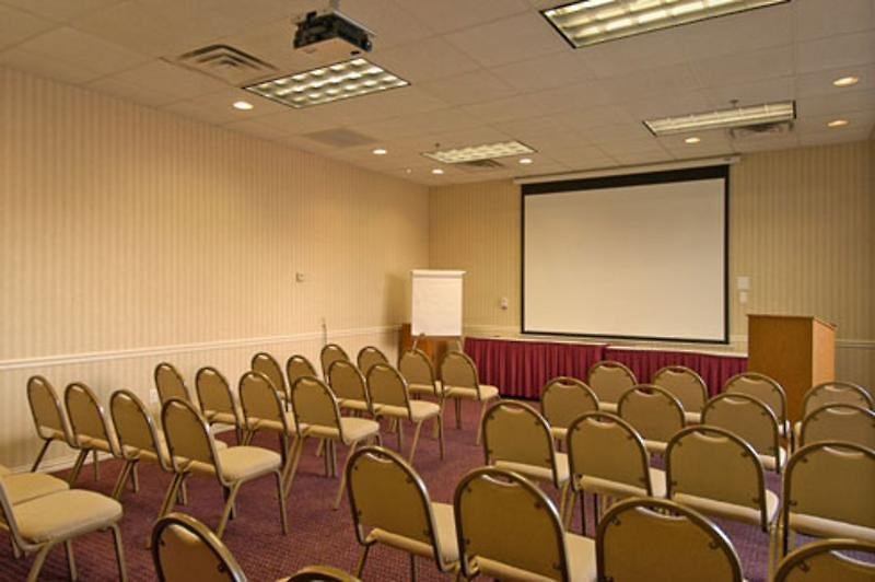 Ramada Dallas Love Field Airport Konferenzraum