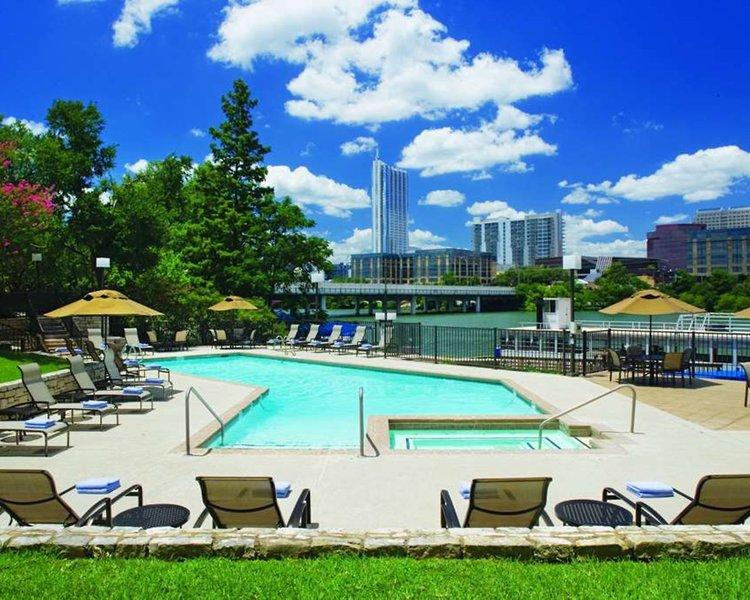 Hyatt Regency Austin Pool
