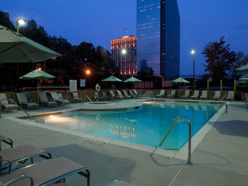 Atlanta Marriott Buckhead Hotel & Conference Center Pool