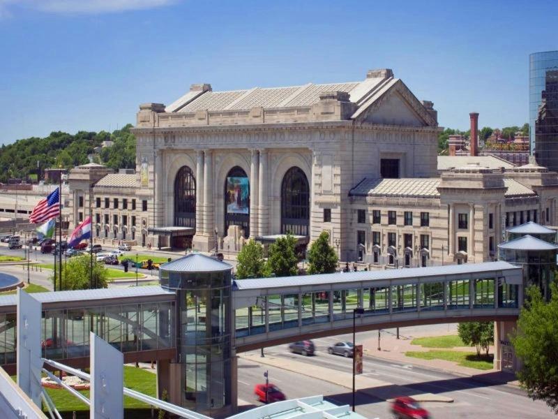 The Westin Kansas City at Crown Center Außenaufnahme