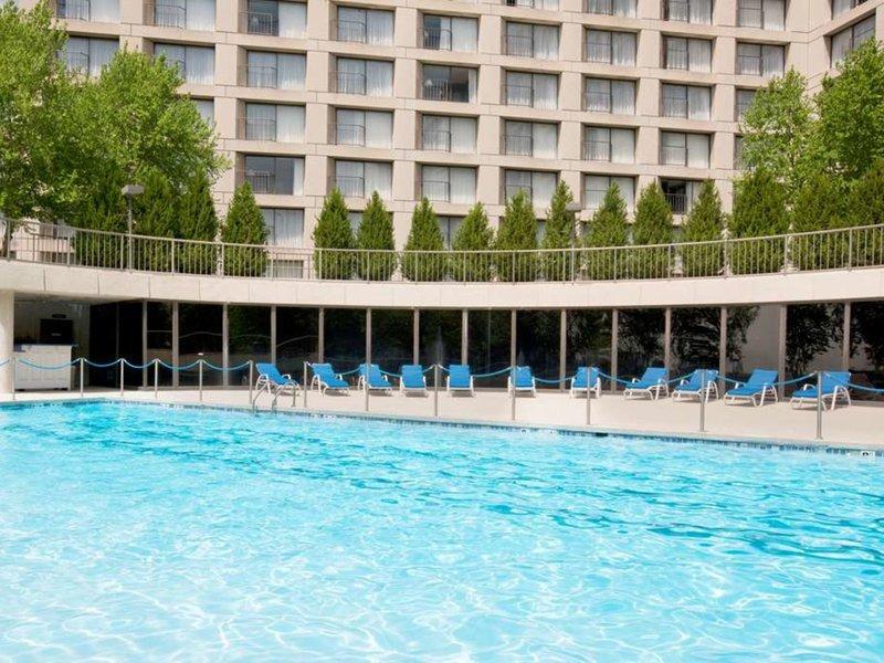 The Westin Kansas City at Crown Center Pool