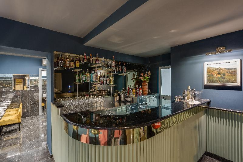 Otivm Hotel Bar