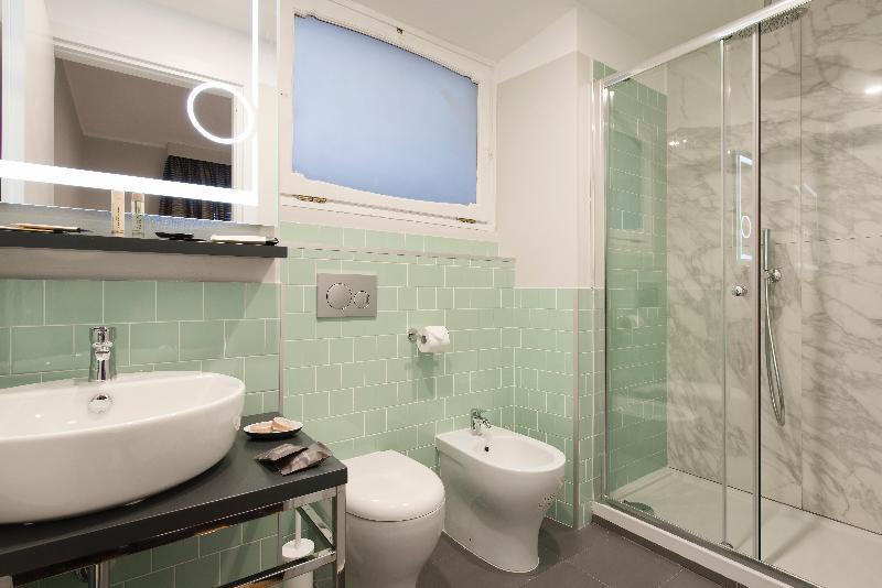 Otivm Hotel Badezimmer