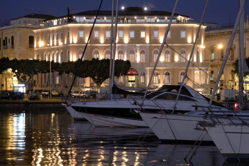 Grand Hotel Ortigia SiracusaAuߟenaufnahme