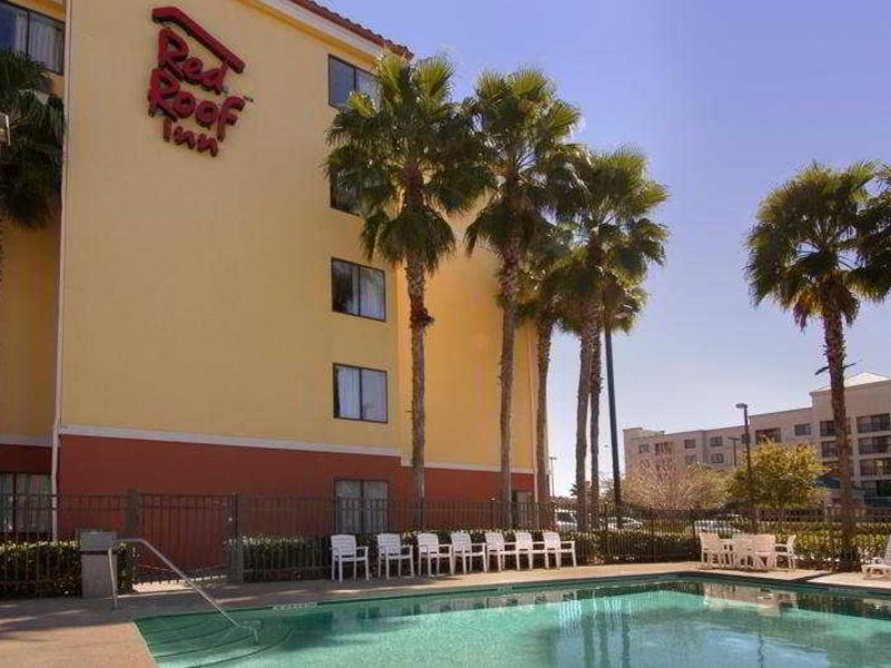 Red Roof Inn Jacksonville Southpoint Pool