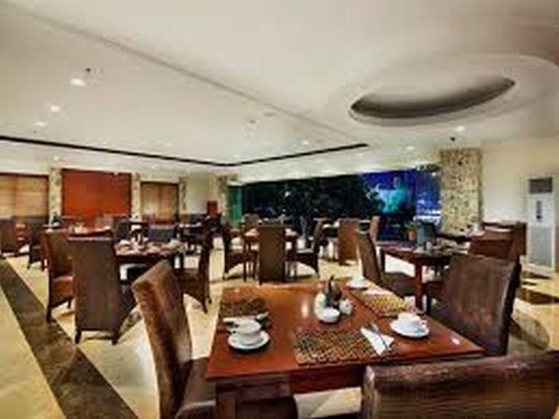 Arion Swiss-Belhotel Bandung Restaurant