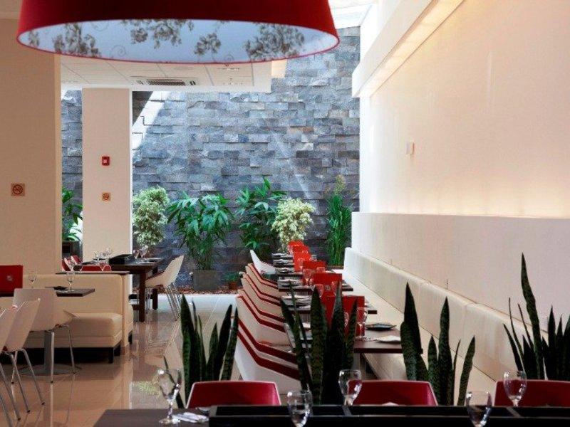 ibis Larco Miraflores Restaurant