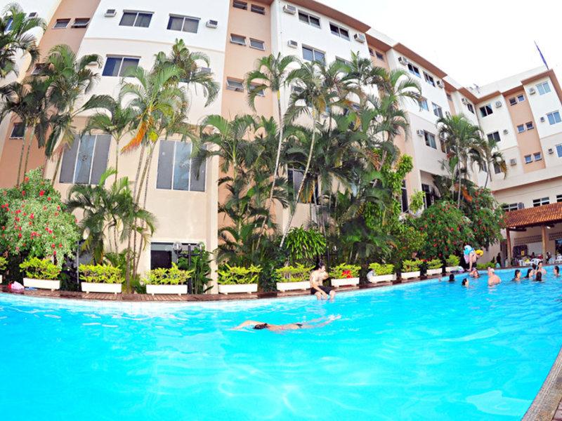 Lider Palace Pool