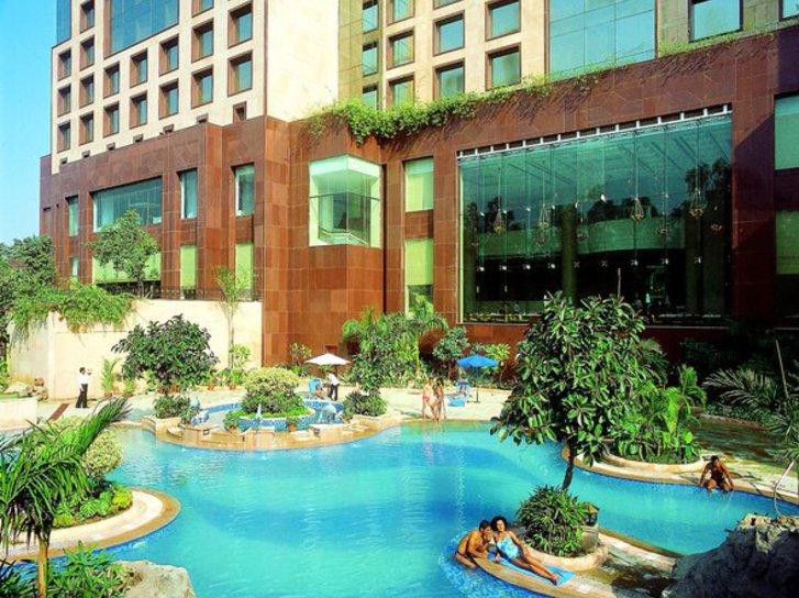Sheraton New Delhi Pool
