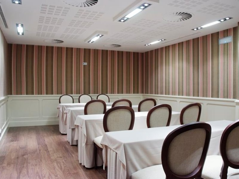 Gran Hotel La Perla Konferenzraum