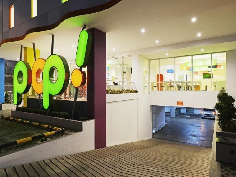 POP! Hotel Malioboro Yogyakarta Lounge/Empfang