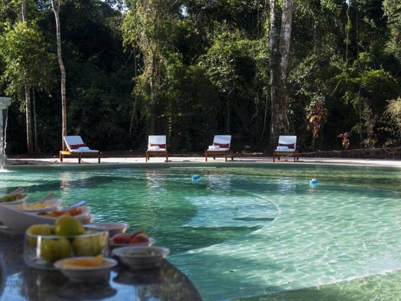 Yvy Hotel de Selva Pool