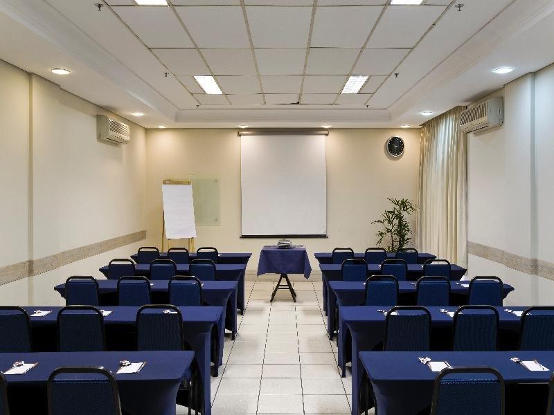 Intercity Cuiaba Konferenzraum