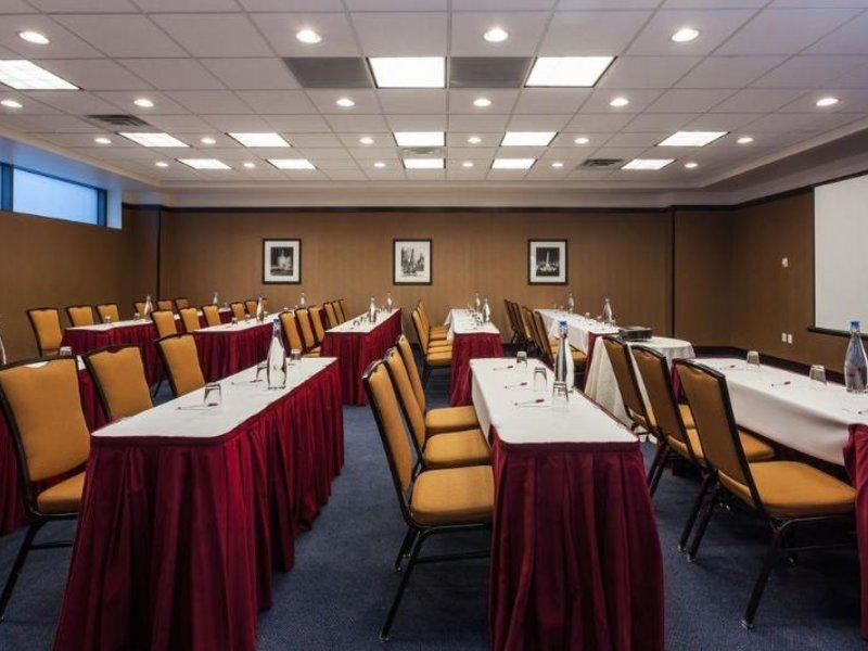 Springhill Suites by Marriott Chicago Downtown/ River North Konferenzraum