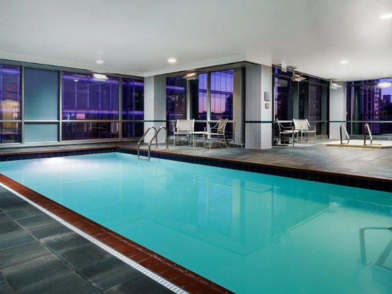 Springhill Suites by Marriott Chicago Downtown/ River North Hallenbad
