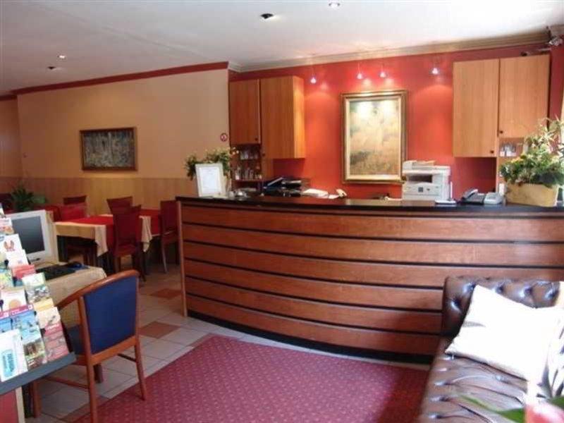 Hotel Albert Lounge/Empfang