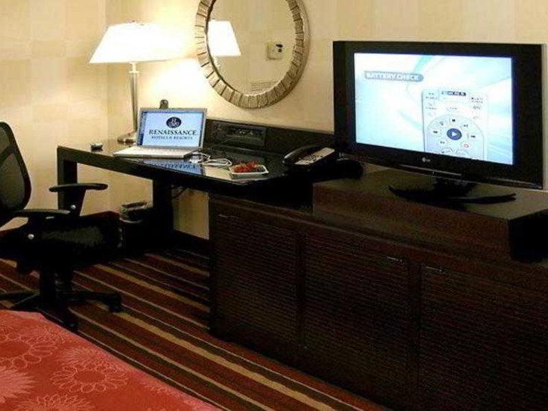Renaissance Indianapolis North Hotel Badezimmer