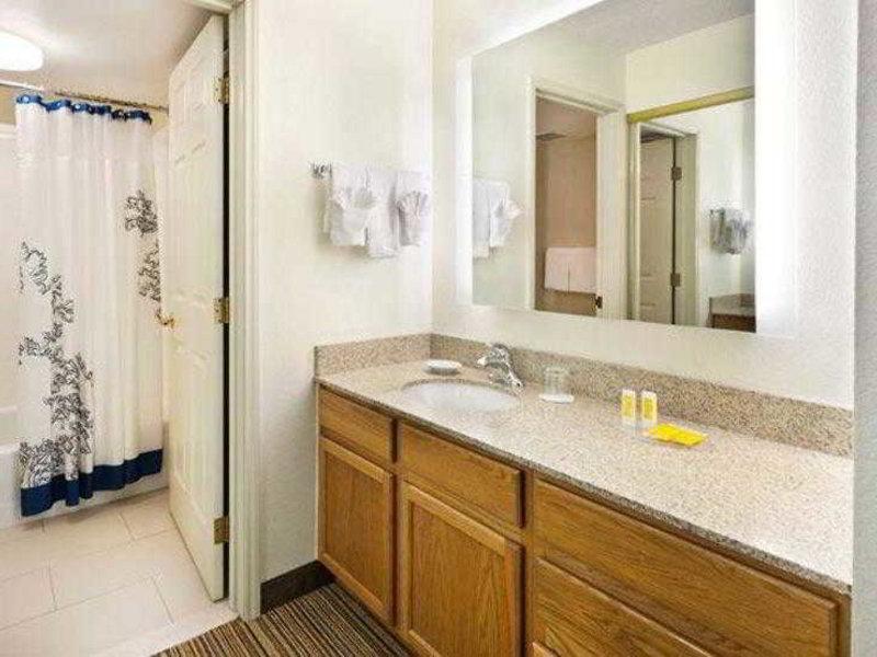 Residence Inn By Marriott Austin South Badezimmer
