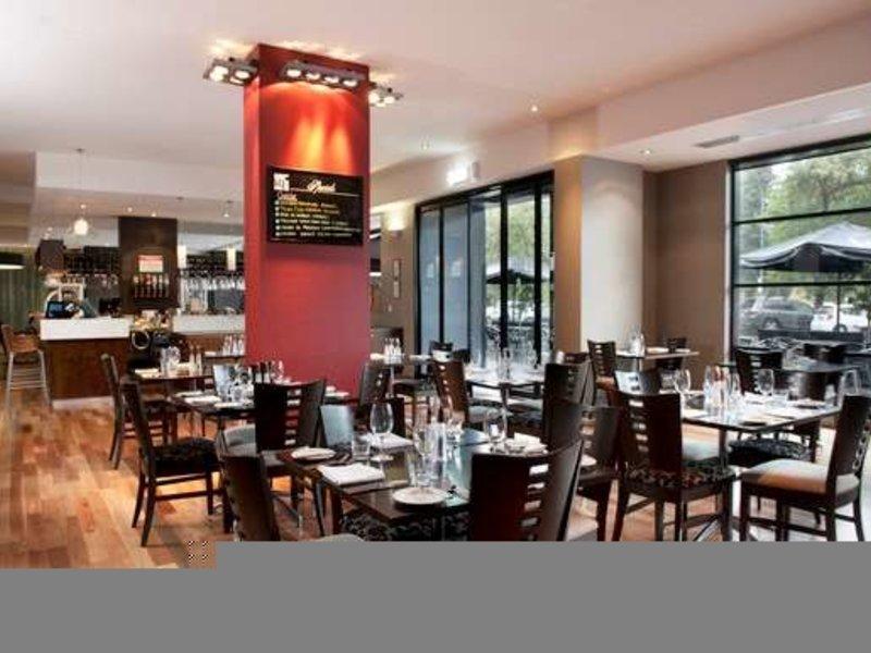 Mantra Hindmarsh Square Restaurant