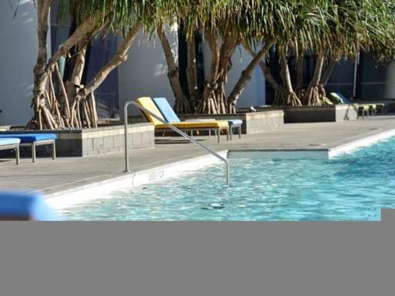 Mantra Circle on Cavill Pool