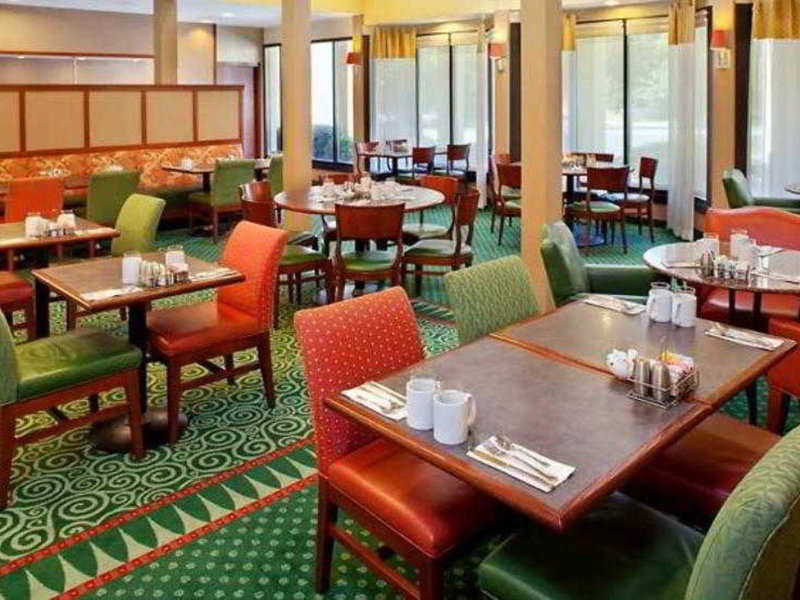 Courtyard by Marriott Atlanta Marietta Windy Hill Restaurant