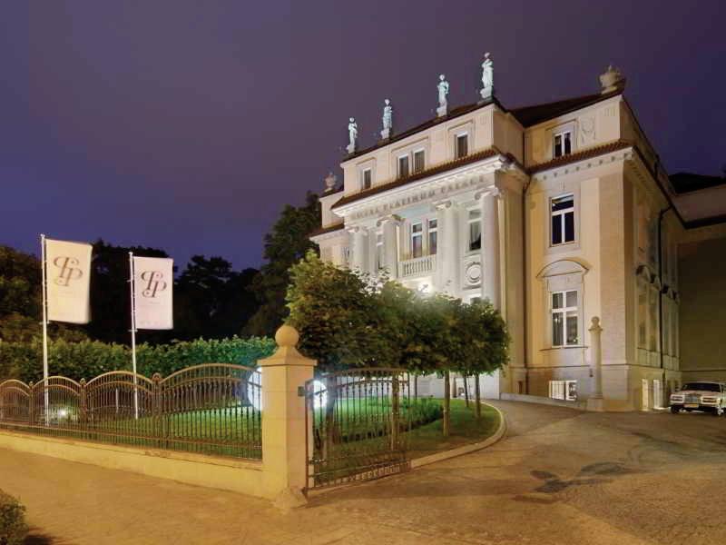 Platinum Palace Wroclaw Außenaufnahme
