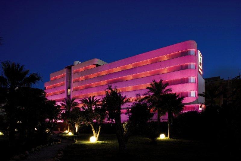 El Hotel PachaAuߟenaufnahme