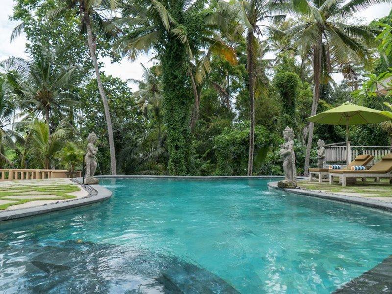 Atta Mesari Resort & Villas Pool