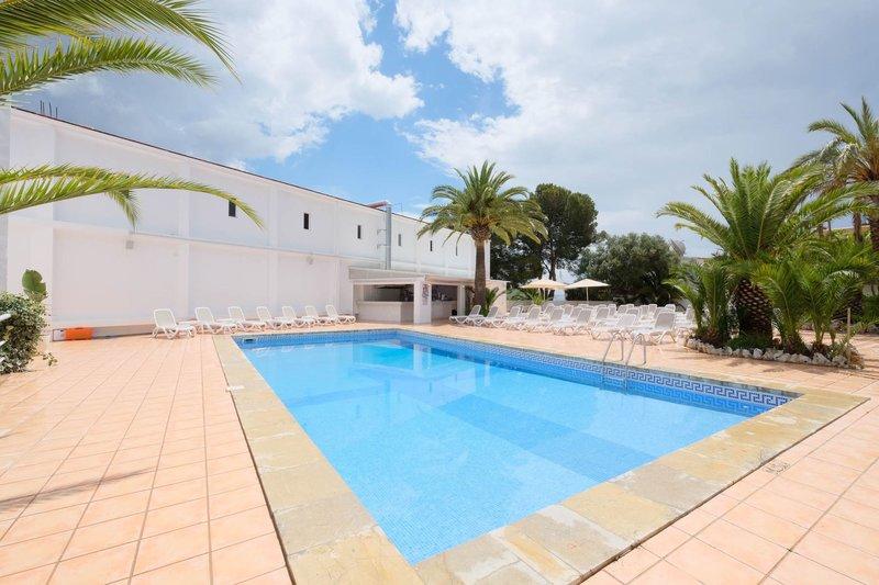Palmanova Garden Pool