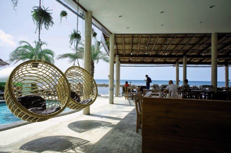 Lazy Days Samui Beach ResortBar