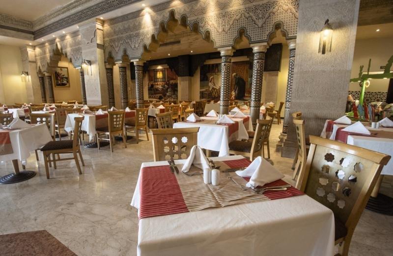 SUNRISE Select Garden Beach Resort & SpaRestaurant